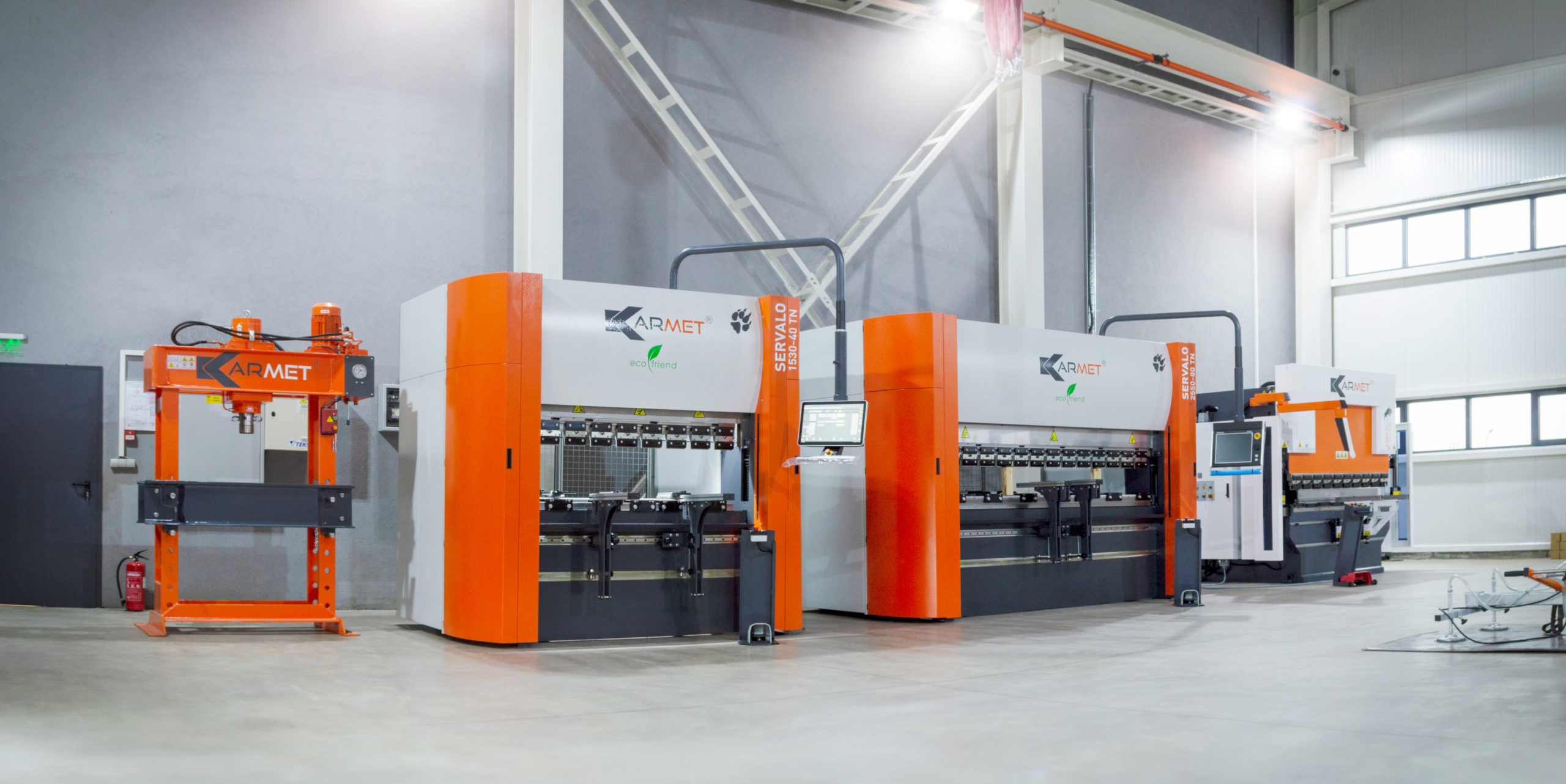 Няколко машини в складовата ни база, A few machines in our job shop